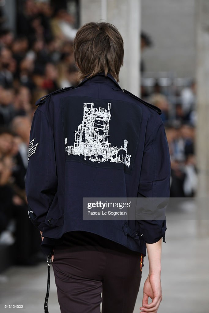 A model walks the runway during the Lanvin Menswear Spring/Summer 2017 show as part of Paris Fashion Week on June 26, 2016 in Paris, France.