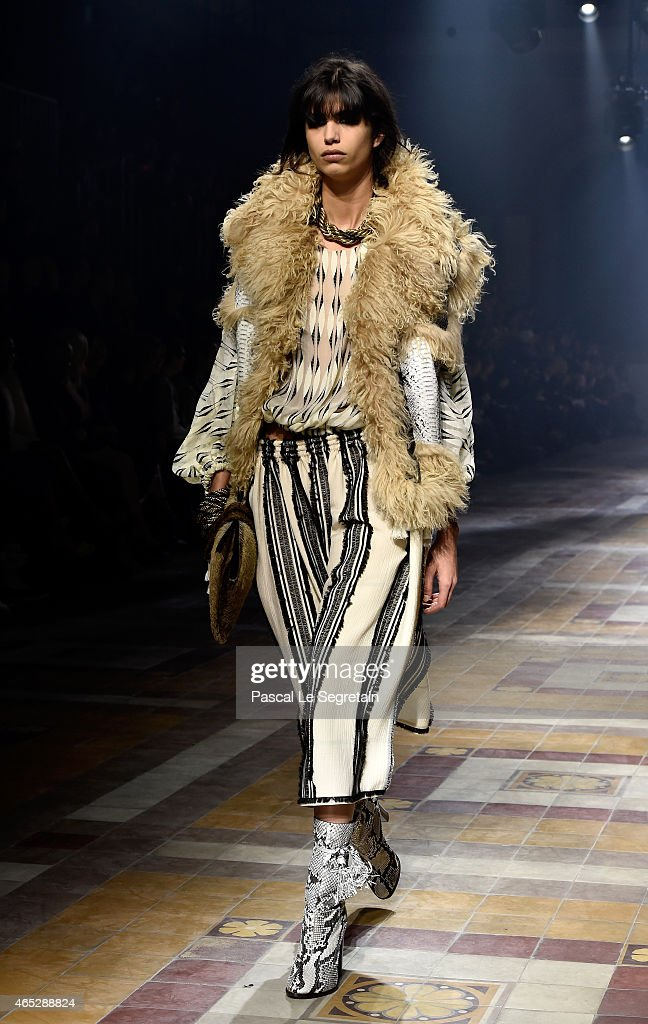 A model walks the runway during the Lanvin show as part of the Paris Fashion Week Womenswear Fall/Winter 2015/2016 on March 5 2015 in Paris France
