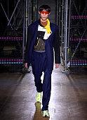Li-Ning : Runway - Paris Fashion Week - Menswear F/W...
