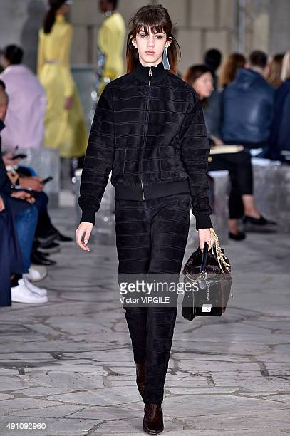 A model walks the runway during the Loewe Ready to Wear show as part of the Paris Fashion Week Womenswear Spring/Summer 2016 on October 2 2015 in...