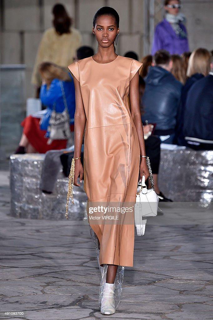 Runway Paris Fashion Week Womenswear Spring Summer 2016 Getty Images