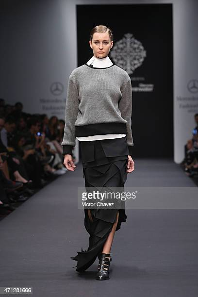 A model walks the runway during the Lorena Saravia show at MercedesBenz Fashion Week Mexico Autumn/Winter 2017 at Campo Marte on April 17 2017 in...