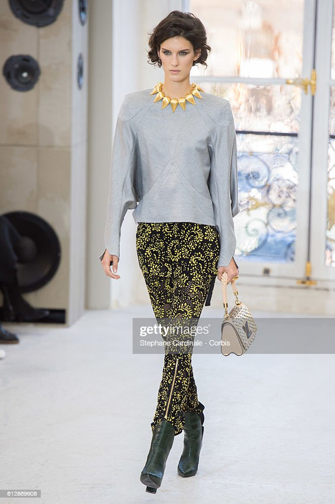 model-walks-the-runway-during-the-louis-vuitton-show-as-part-of-the-picture-id612869908