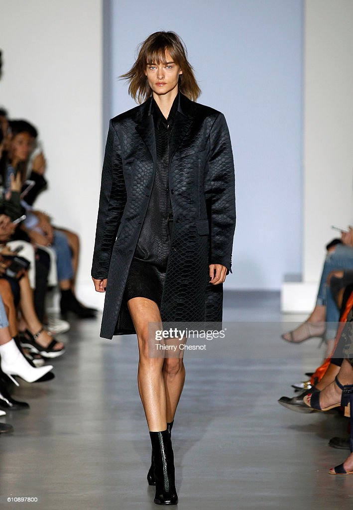 model-walks-the-runway-during-the-maison-yang-li-show-as-part-of-the-picture-id610897800