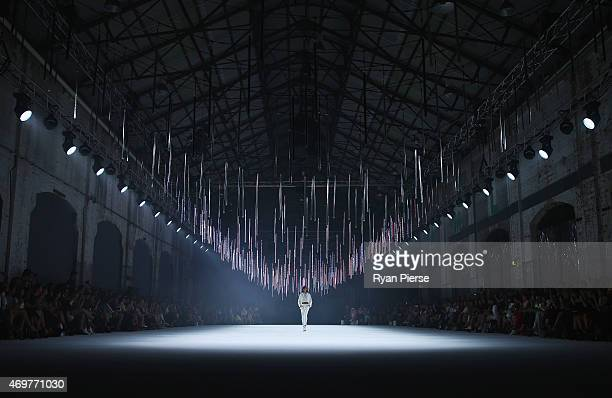 A model walks the runway during the Manning Cartell show at MercedesBenz Fashion Week Australia 2015 at Elston Room Bay 25 Carriageworks on April 15...