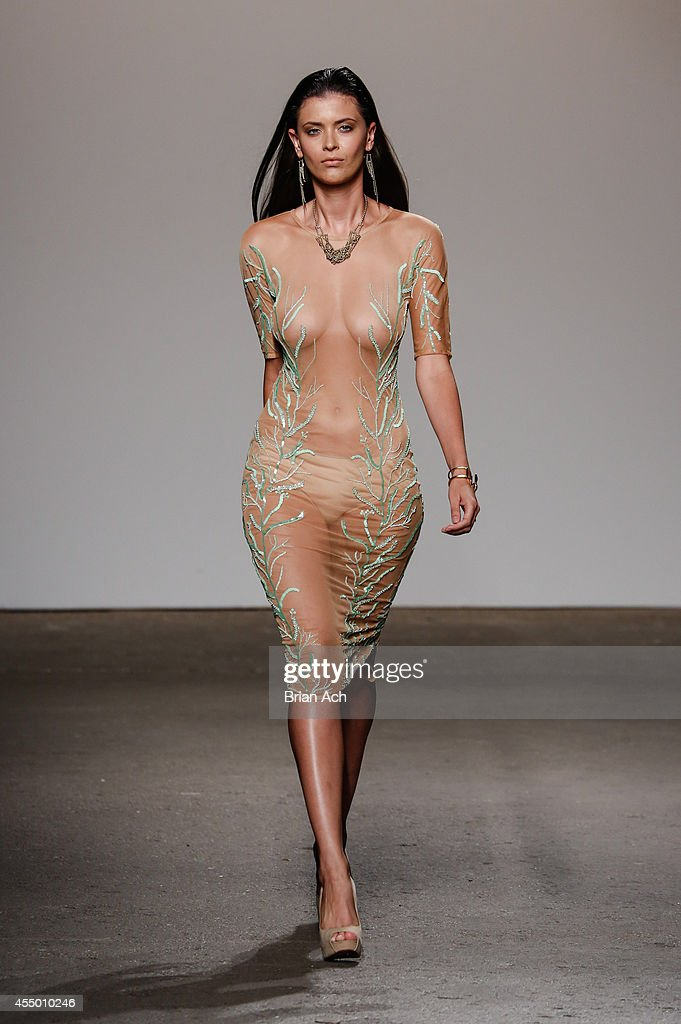 nude models on runway Apr 10, 2015  It made me wonder if nudity in fashion has a purpose.