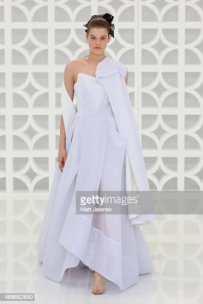A model walks the runway during the Maticevski show at MercedesBenz Fashion Week Australia 2015 at Bay 25 Carriageworks on April 14 2015 in Sydney...