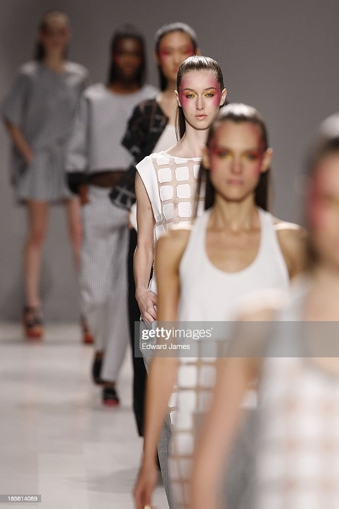 A model walks the runway during the Melissa Nepton fashion show at David Pecaut Square on October 22, 2013 in Toronto, Canada.