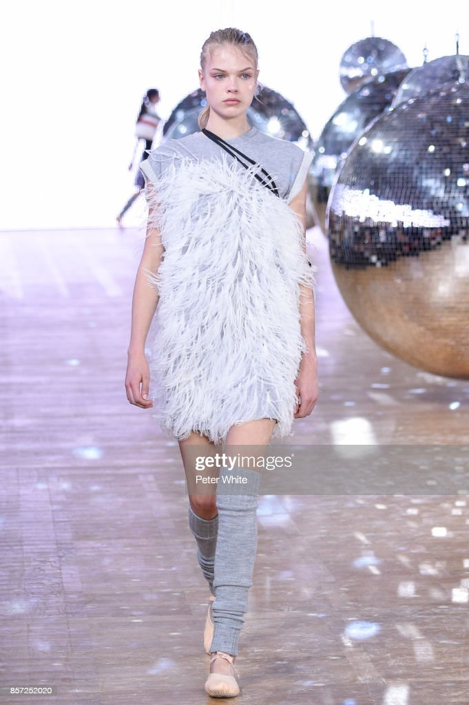 model-walks-the-runway-during-the-moncler-gamme-rouge-paris-show-as-picture-id857252020