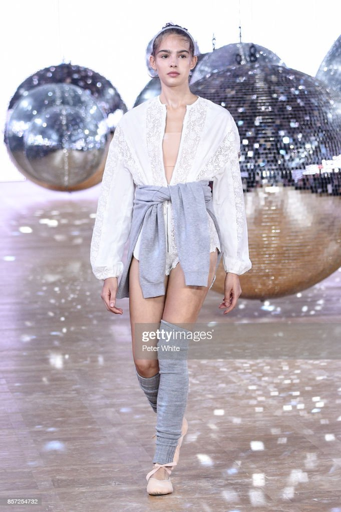 model-walks-the-runway-during-the-moncler-gamme-rouge-paris-show-as-picture-id857254732