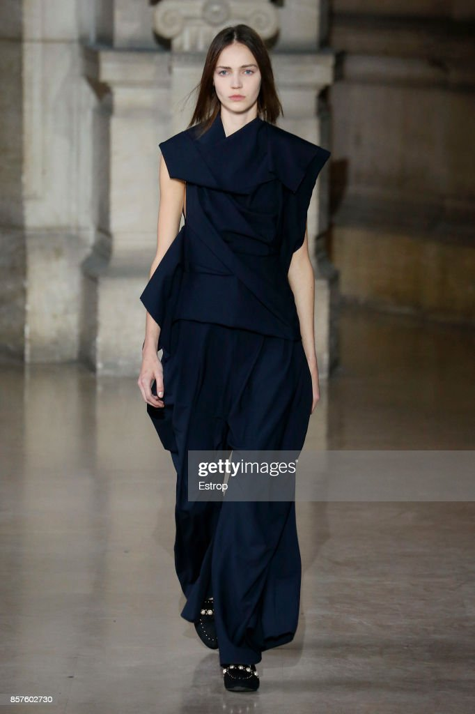 model-walks-the-runway-during-the-moon-young-hee-paris-show-as-part-picture-id857602730