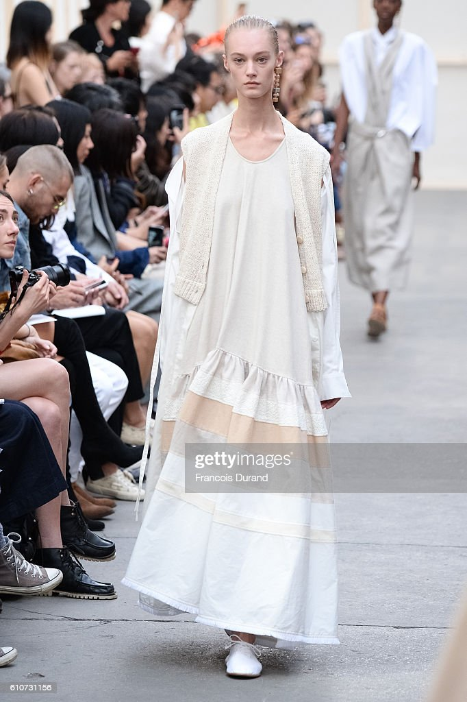 model-walks-the-runway-during-the-nehera-show-as-part-of-the-paris-picture-id610731156