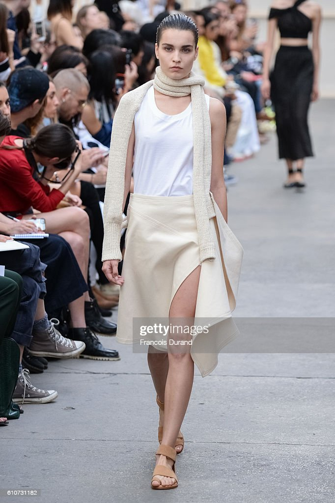 model-walks-the-runway-during-the-nehera-show-as-part-of-the-paris-picture-id610731182