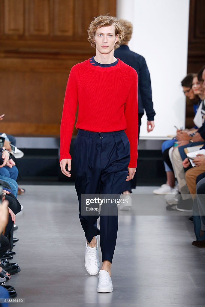 A model walks the runway during the Officine Generale Menswear Spring/Summer 2017 show designed by Pierre Mahéo as part of Paris Fashion Week on June 26, 2016 in Paris, France.