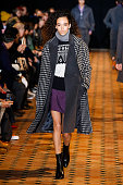 Officine Generale : Runway - Paris Fashion Week -...
