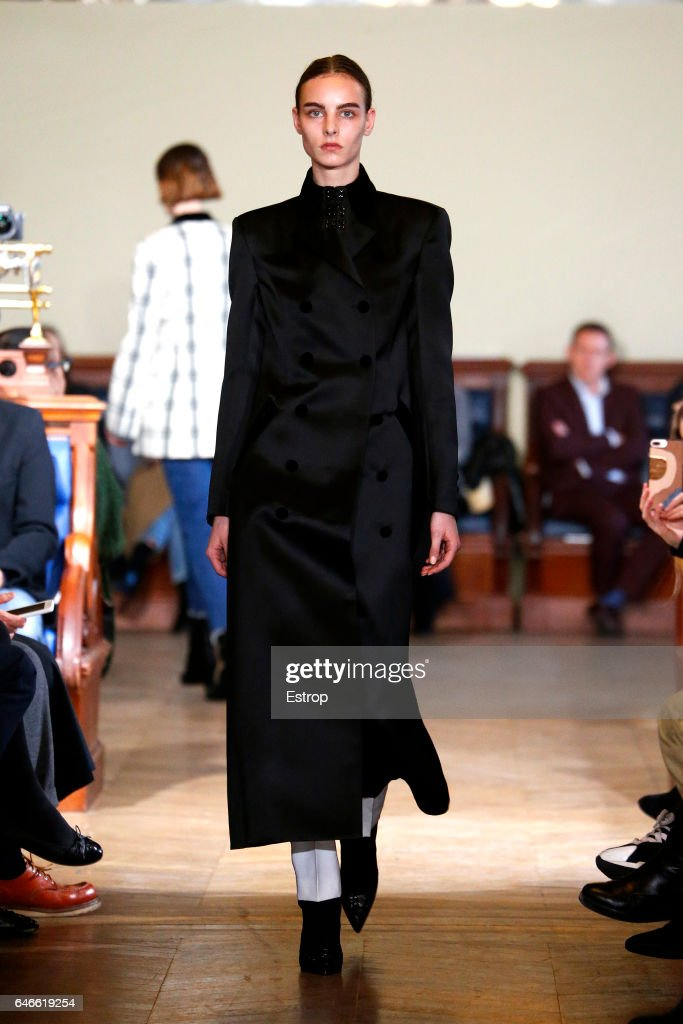 model-walks-the-runway-during-the-olivier-theyskens-show-as-part-of-picture-id646619254