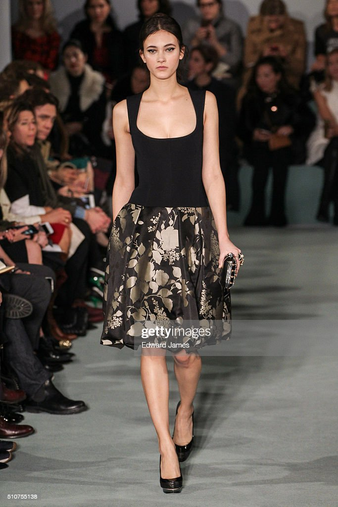 Model walks the runway during the oscar de la renta fashion show at