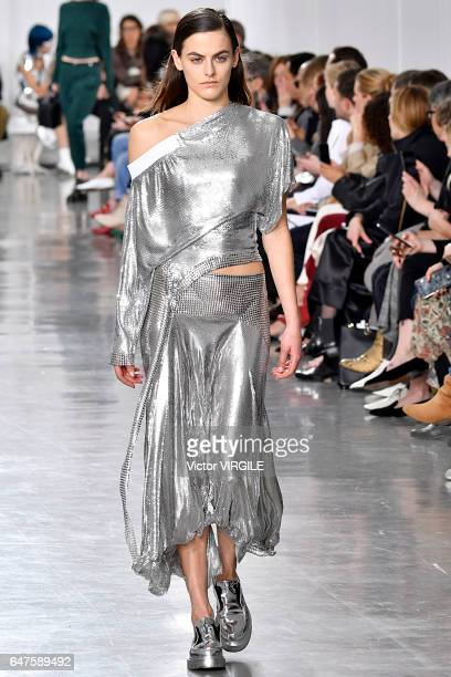 A model walks the runway during the Paco Rabanne Ready to Wear fashion show as part of the Paris Fashion Week Womenswear Fall/Winter 2017/2018 on...
