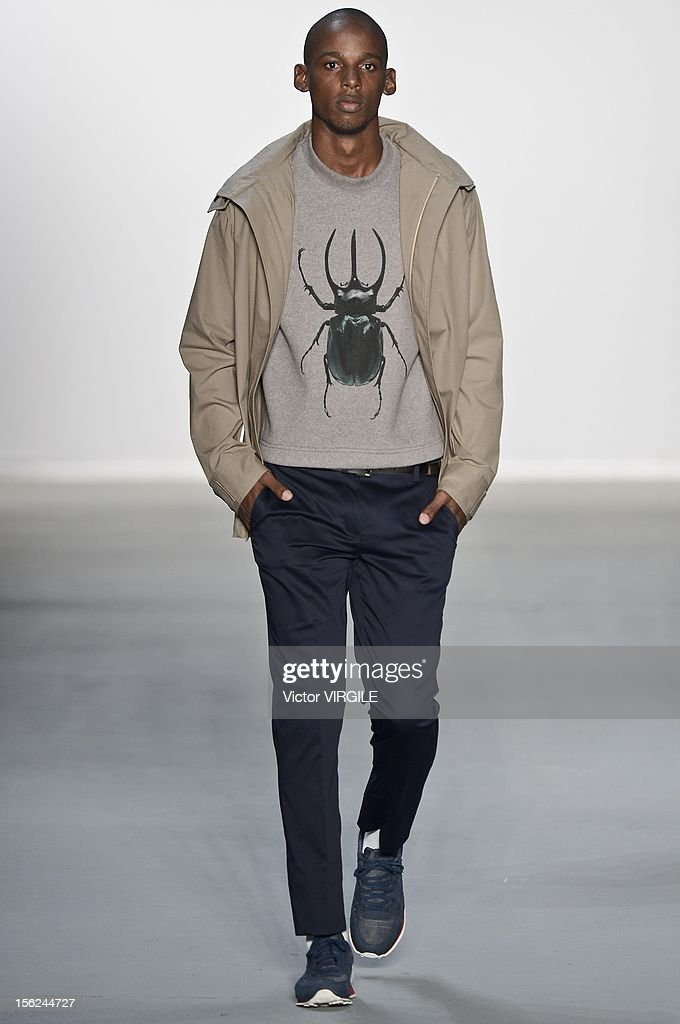A model walks the runway during the R Groove Fall/Winter 2013 fashion show at Fashion Rio on November 09, 2012 in Rio de Janeiro, Brazil.