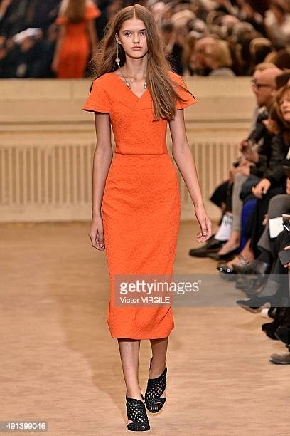 A model walks the runway during the Roland Mouret Ready to Wear show as part of the Paris Fashion Week Womenswear Spring/Summer 2016 on October 4...