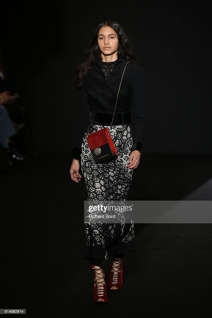 A model walks the runway during the Roland Mouret show as part of the Paris Fashion Week Womenswear Fall/Winter 2016/2017 on March 6 2016 in Paris...