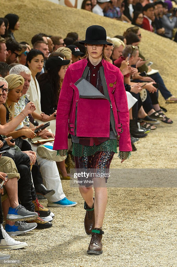 A model walks the runway during the Sacai Menswear Spring/Summer 2017 show as part of Paris Fashion Week on June 25, 2016 in Paris, France.