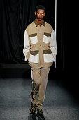 Sean Suen : Runway - Paris Fashion Week - Menswear...