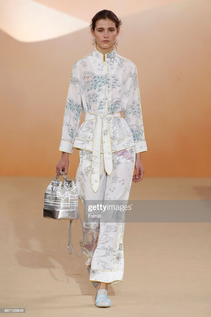 model-walks-the-runway-during-the-shiatzy-chen-paris-show-as-part-of-picture-id857120846