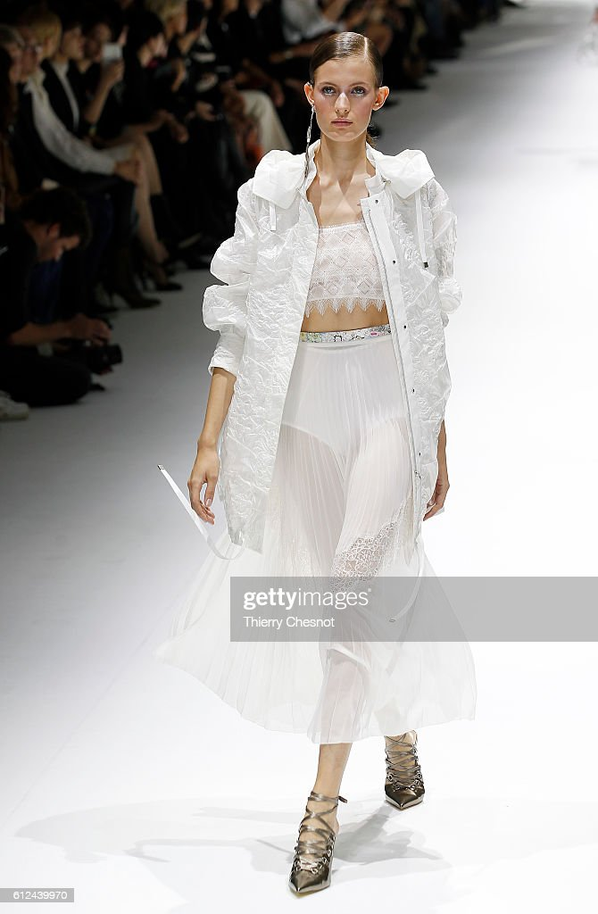 model-walks-the-runway-during-the-shiatzy-chen-show-as-part-of-the-picture-id612439970