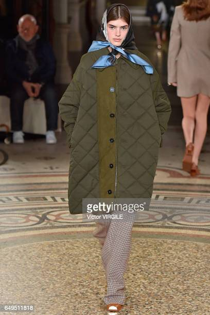 A model walks the runway during the Stella McCartney Ready to Wear fashion show as part of the Paris Fashion Week Womenswear Fall/Winter 2017/2018 on...