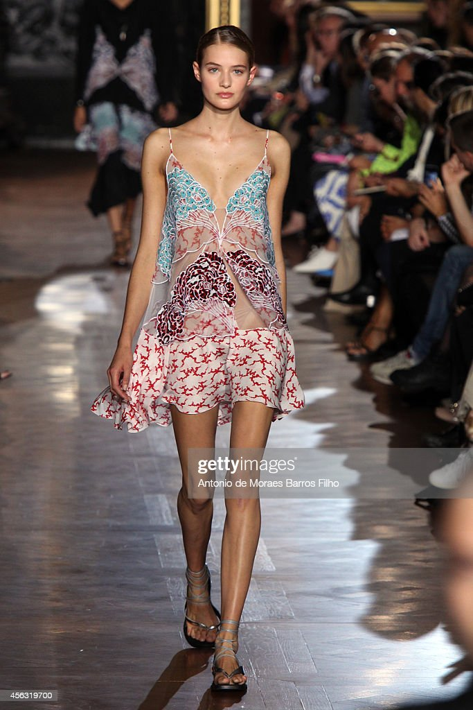 A model walks the runway during the Stella McCartney show as part of the Paris Fashion Week Womenswear Spring/Summer 2015 on September 29 2014 in...
