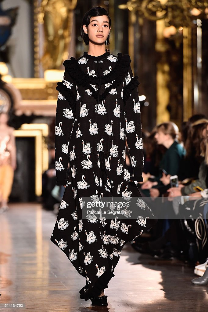A model walks the runway during the Stella McCartney show as part of the Paris Fashion Week Womenswear Fall/Winter 2016/2017 on March 7 2016 in Paris...