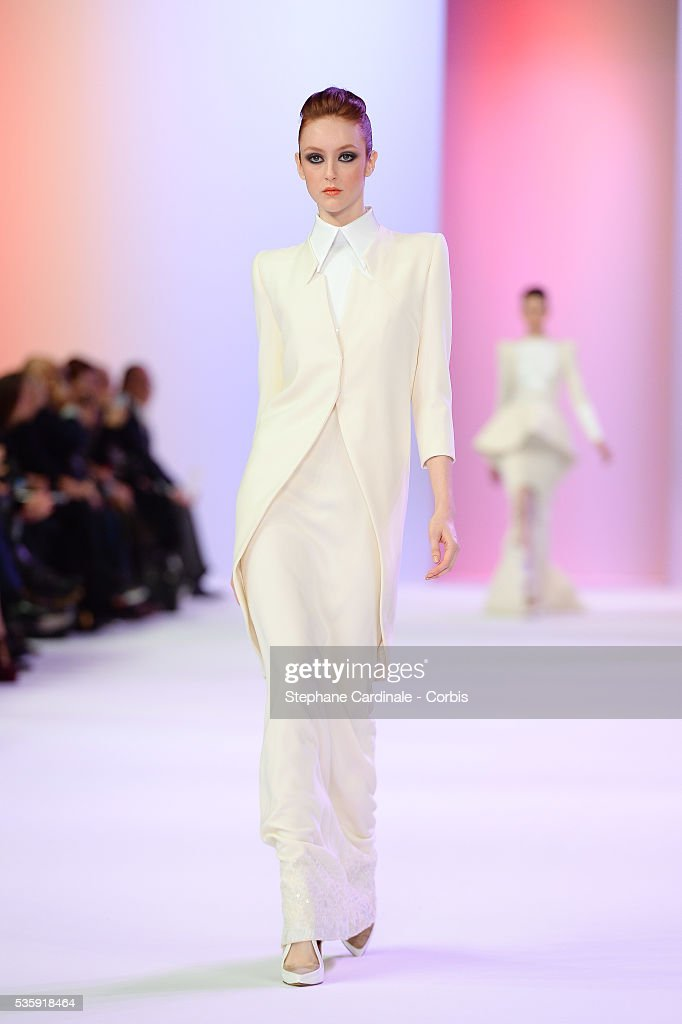 France - Stephane Rolland : Runway - Paris Fashion Week - Haute Couture S/S 2014