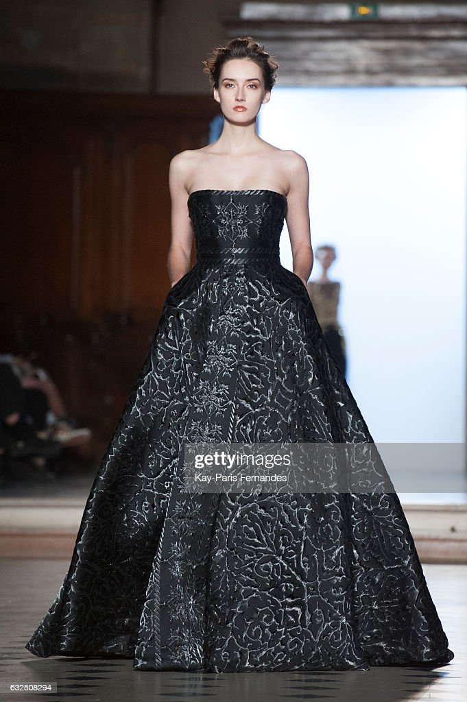 model-walks-the-runway-during-the-tony-ward-couture-spring-summer-picture-id632508294