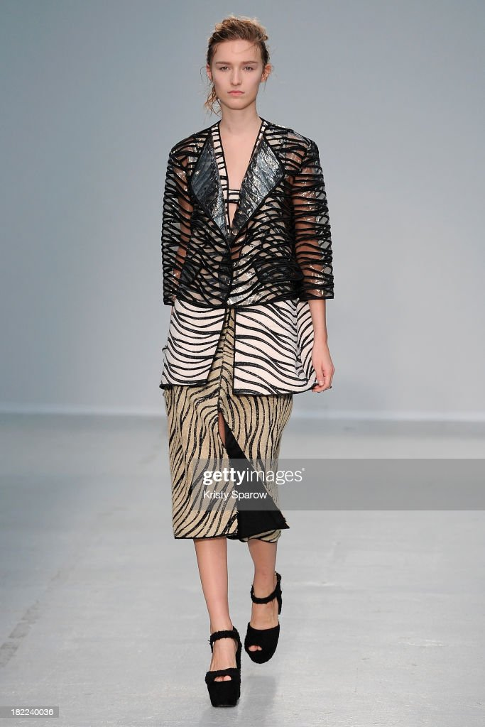 A model walks the runway during the Veronique Leroy show as part of Paris Fashion Week Womenswear Spring/Summer 2014 on September 28, 2013 in Paris, France.