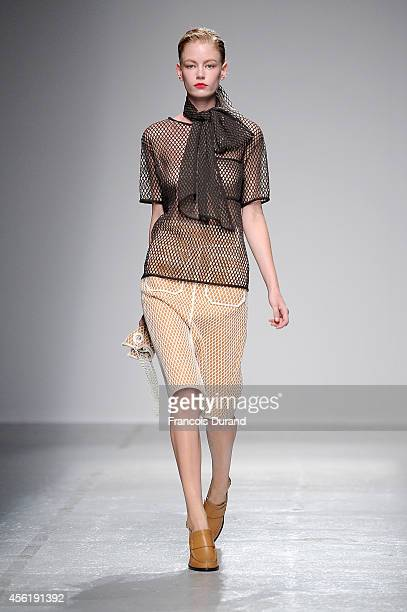 A model walks the runway during the Veronique Leroy show as part of the Paris Fashion Week Womenswear Spring/Summer 2015 on September 27 2014 in...