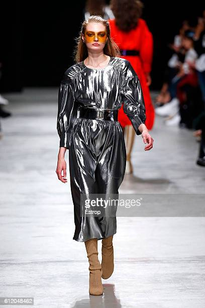 A model walks the runway during the Veronique Leroy show as part of the Paris Fashion Week Womenswear Spring/Summer 2017 on October 1 2016 in Paris...