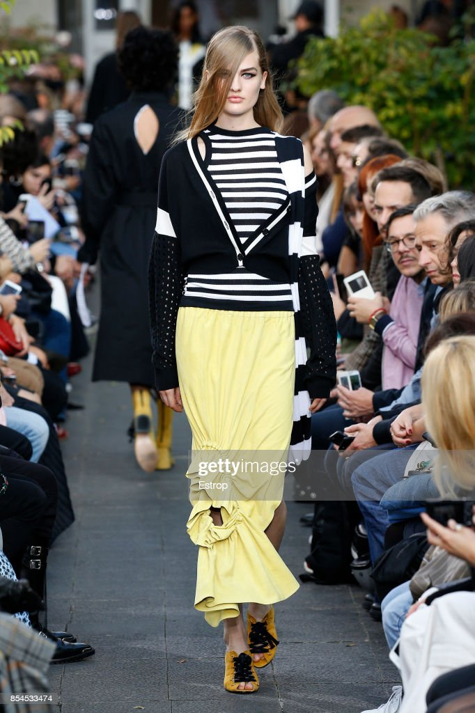 model-walks-the-runway-during-the-victoriatomas-show-as-part-of-the-picture-id854533474