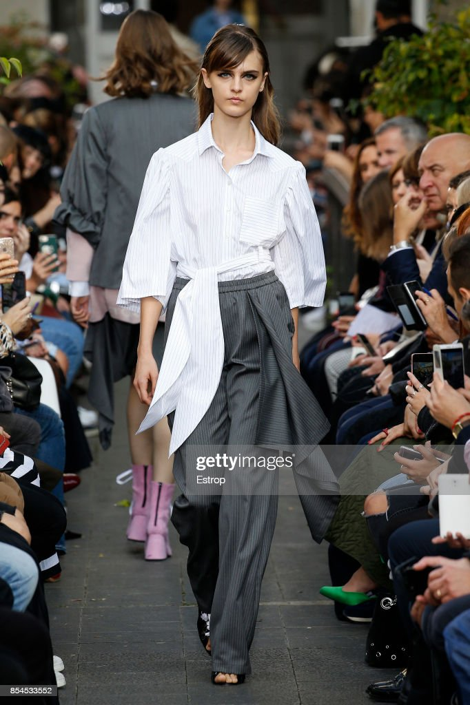 model-walks-the-runway-during-the-victoriatomas-show-as-part-of-the-picture-id854533552