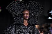 Weinsanto : Runway - Paris Fashion Week - Womenswear...
