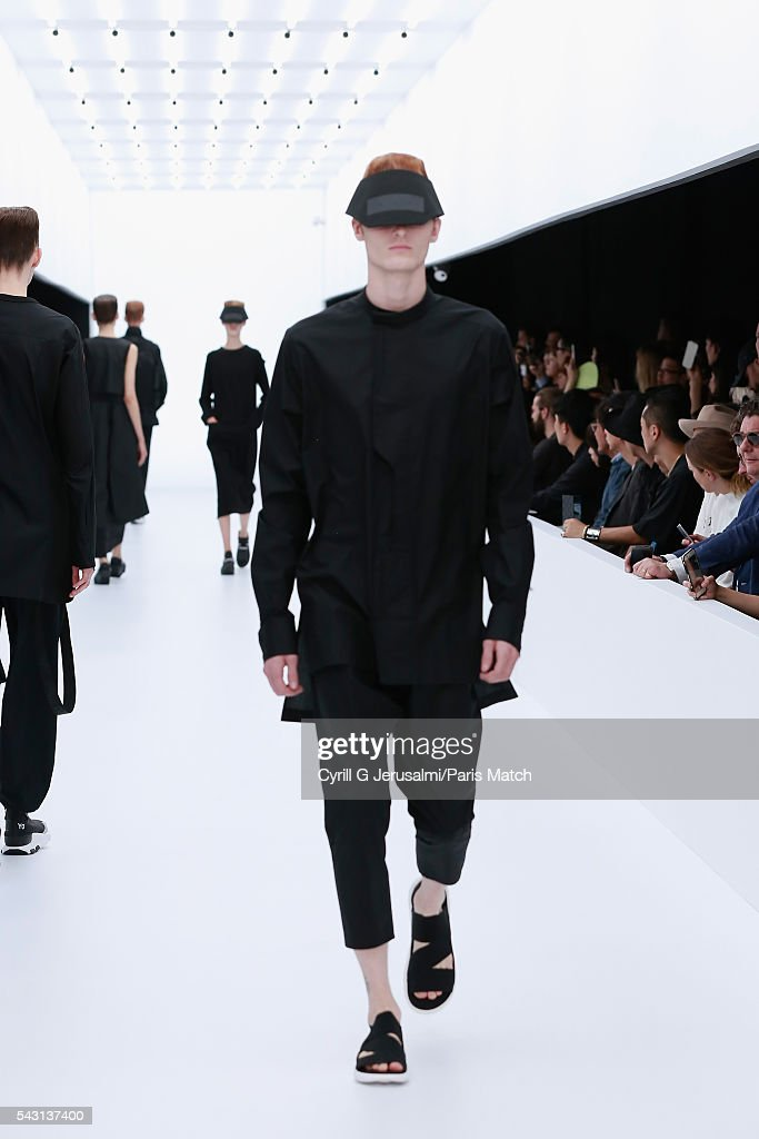 A model walks the runway during the Y-3 SS17 Paris Fashion Week Show on June 26, 2016 in Paris, France.