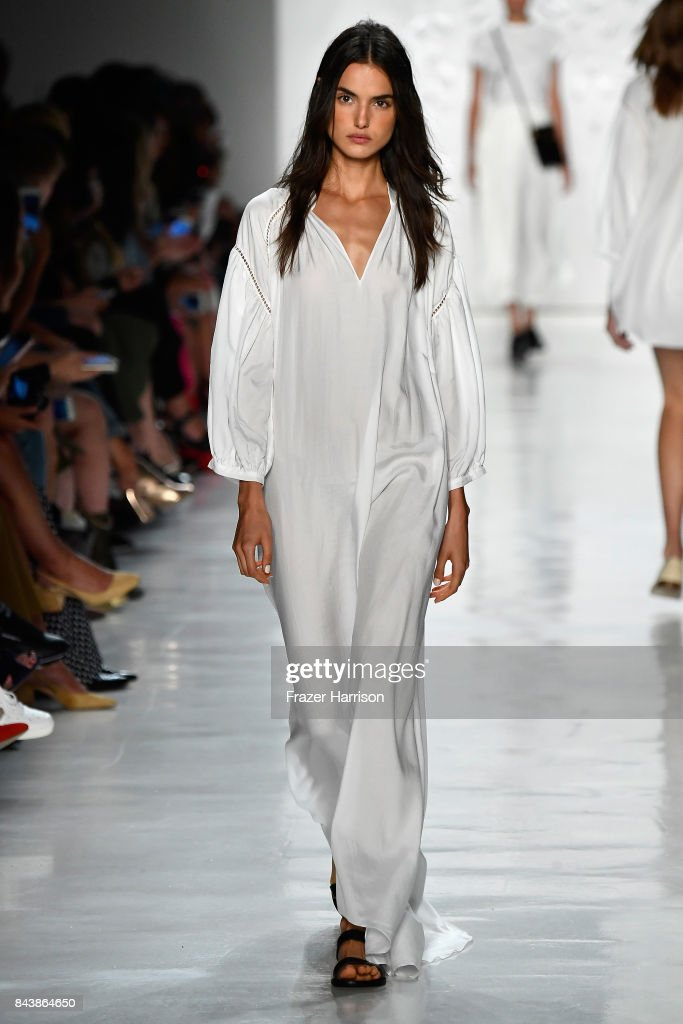 model-walks-the-runway-for-noon-by-noor-fashion-show-during-new-york-picture-id843864650
