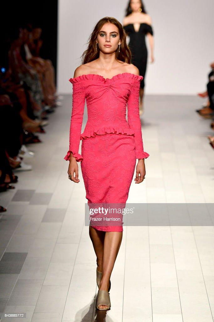 model-walks-the-runway-for-tadashi-shoji-fashion-show-during-new-york-picture-id843885772