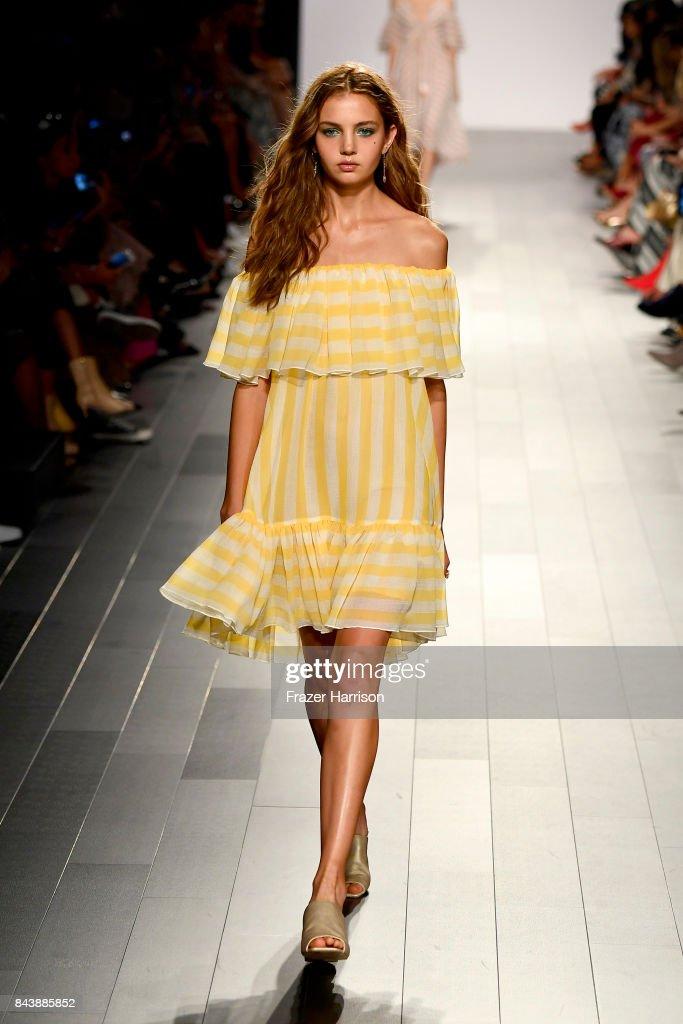 model-walks-the-runway-for-tadashi-shoji-fashion-show-during-new-york-picture-id843885852