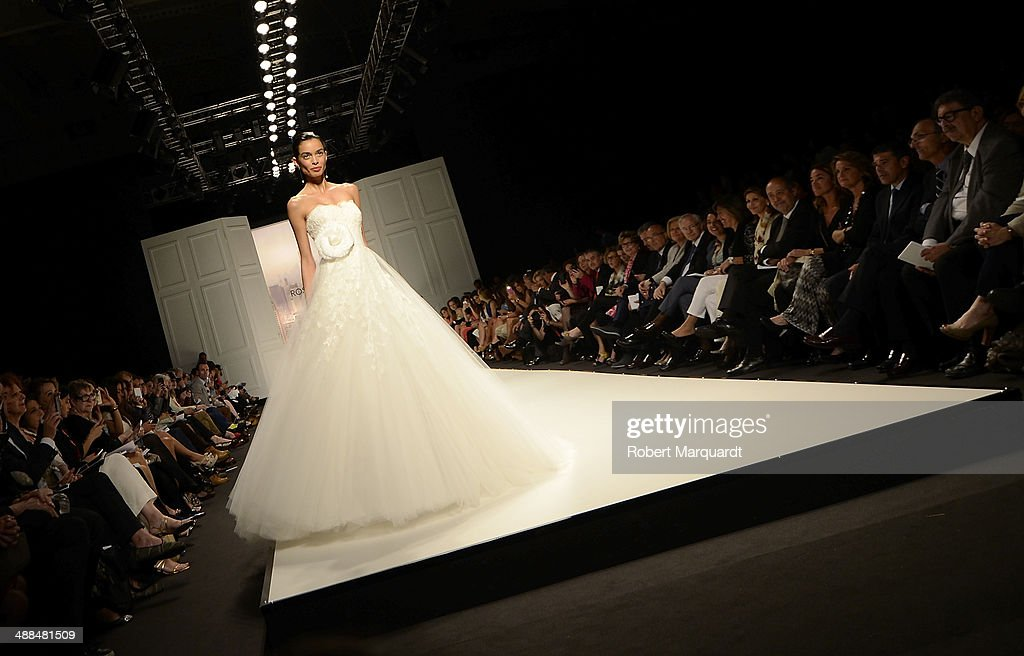 A model walks the runway for the Rosa Clara fashion show during 'Barcelona Bridal Week 2014' on May 6, 2014 in Barcelona, Spain.
