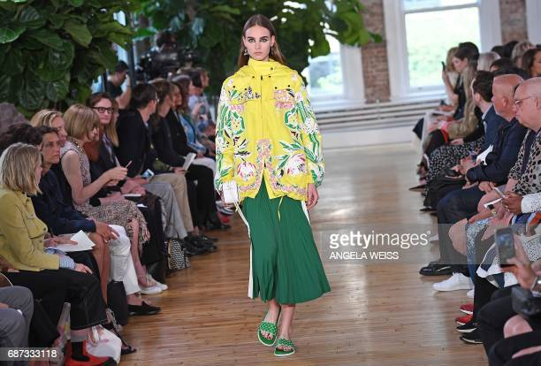 A model walks the runway for the Valentino Resort 2018 runway show on May 23 2017 in New York City / AFP PHOTO / ANGELA WEISS
