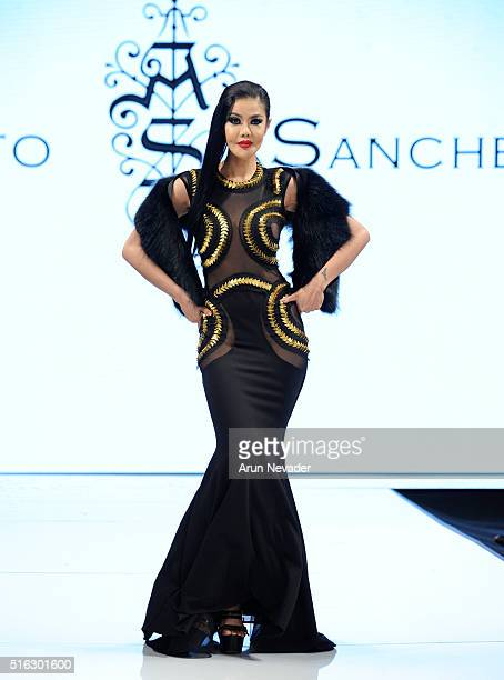 A model walks the runway in Adolfo Sanchez at the Art Hearts Fashion LAFW Fall/Winter 2016 Day 5 at the Taglyan Cultural Complex on March 17 2016 in...