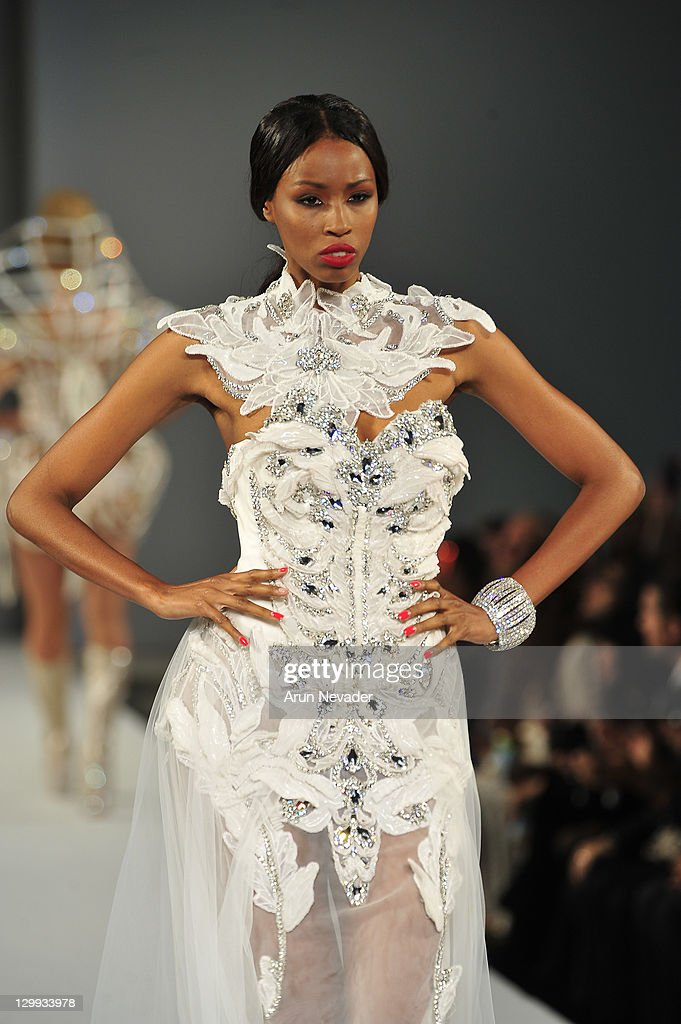 style fashion week la amato haute couture runway getty images. Black Bedroom Furniture Sets. Home Design Ideas