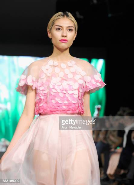A model walks the runway wearing Armine Ohanyan at Vancouver Fashion Week Fall/Winter 2017 at Chinese Cultural Centre of Greater Vancouver on March...