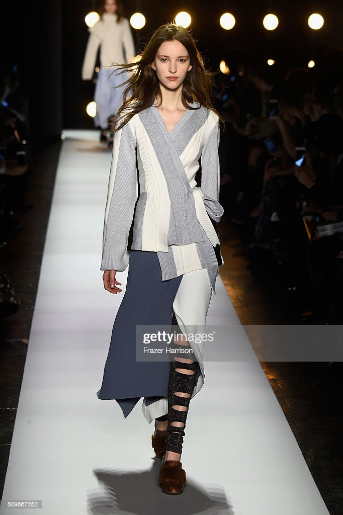 A model walks the runway wearing BCBGMAXAZRIA Fall 2016 during New York Fashion Week The Shows at The Dock Skylight at Moynihan Station on February...